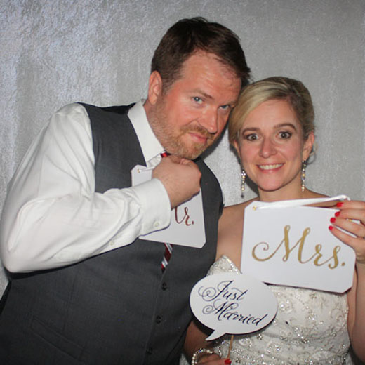 Erin & Phil Photo Booth Picture